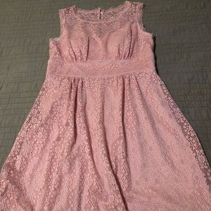 All lace pink dress
